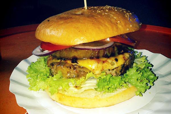 BurgerTata burger food truck